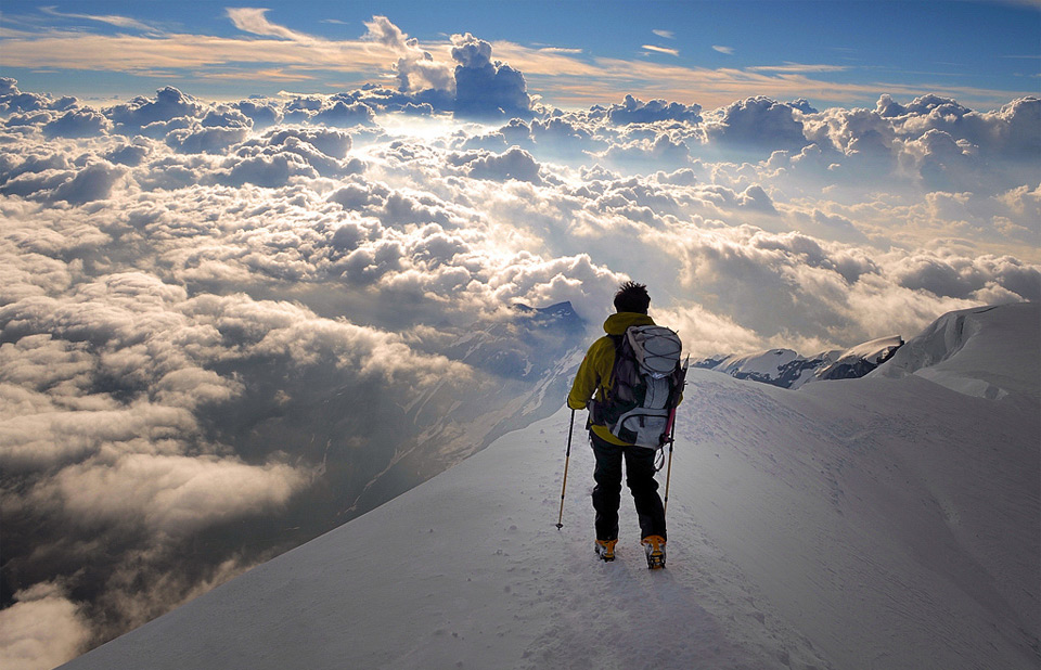 heavenly-view-from-the-alps